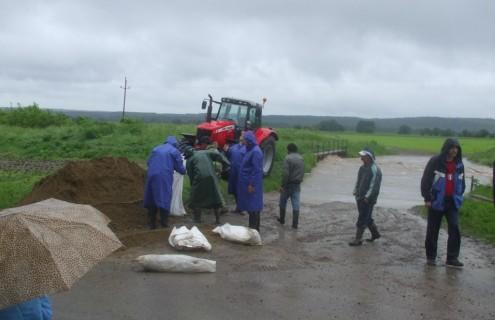 Védekezés az árvíz ellen...