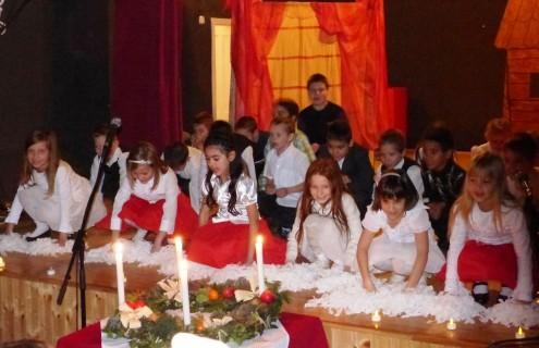Karácsonyi műsor a Talentum Tehetséggondozó Iskolában